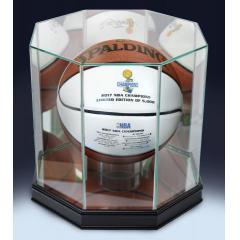 Warriors 2017 NBA Champions Spalding White Panel  Ball & Display Case